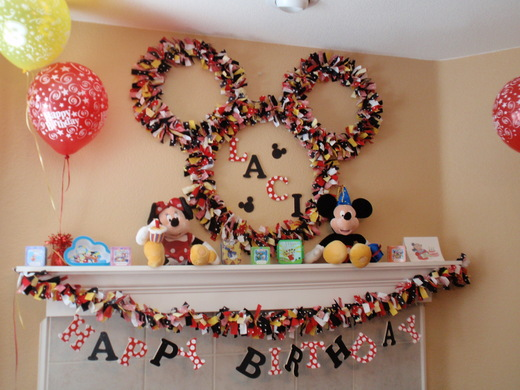TRENDS  Homemade Mickey Mouse And Minnie Mouse Parties On Catch My