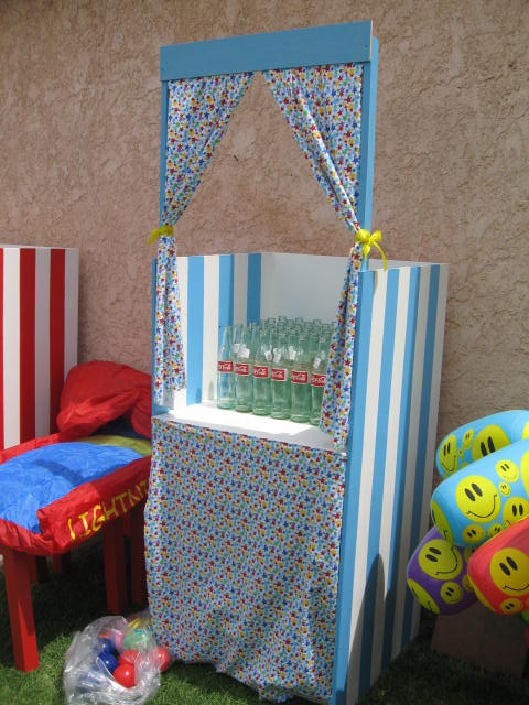 DIY Tutorial - How to Make a Real Photo Booth | Catch My Party