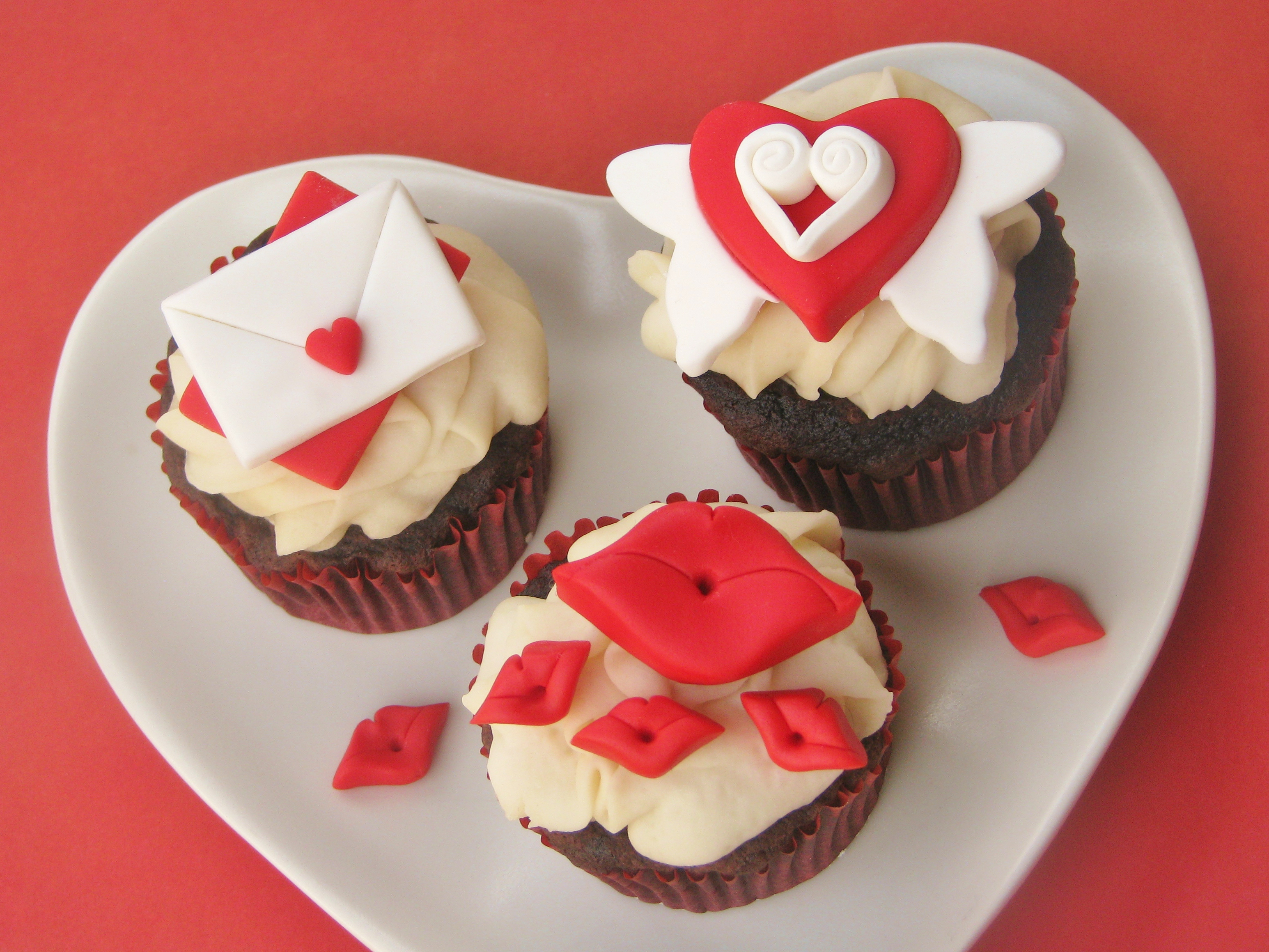 Diy how to make easy and adorable valentine 39 s day cupcake - Ideas para sanvalentin ...