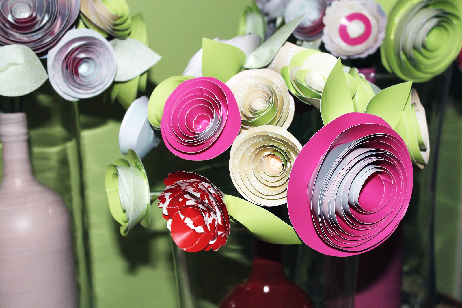 Diy how to make a beautiful paper flower centerpiece catch my party diy how to make a beautiful paper flower centerpiece catch my party izmirmasajfo