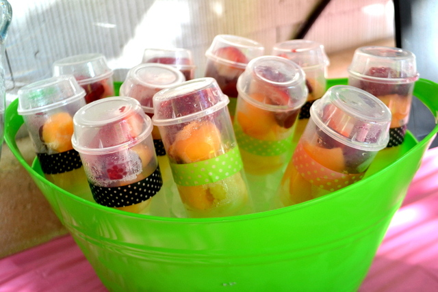{Party on a Budget} Ideas for Serving Summer Snacks ...