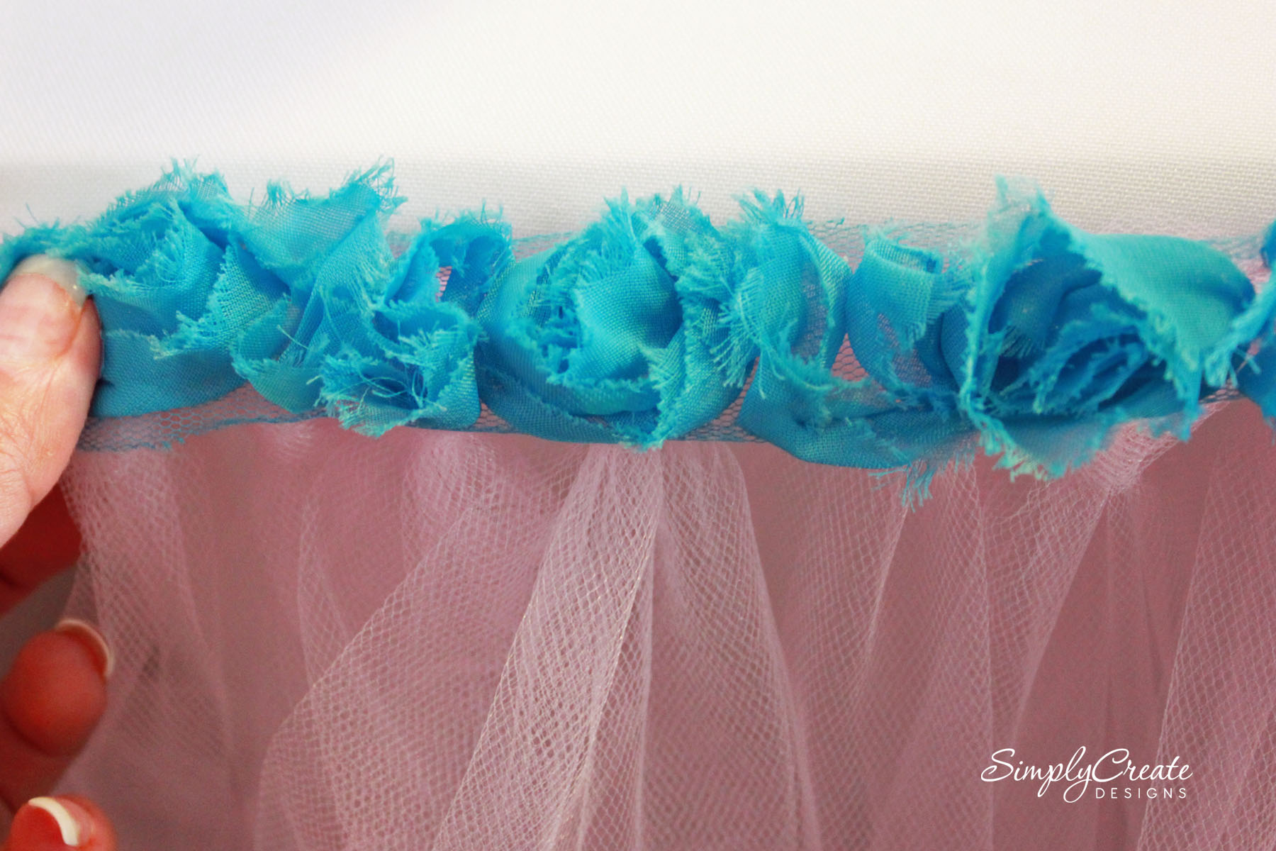 Buffet table skirting - No Sew Tulle Table Skirt