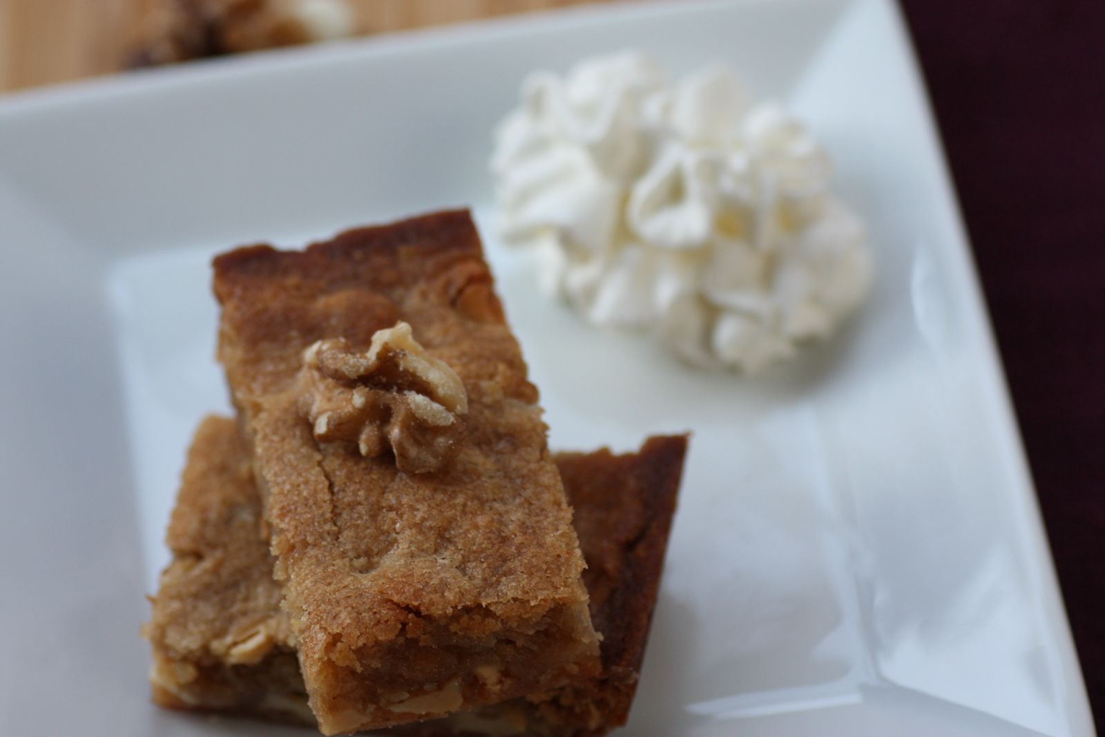 white-chocolate-maple-walnut-blondie-recipe-52
