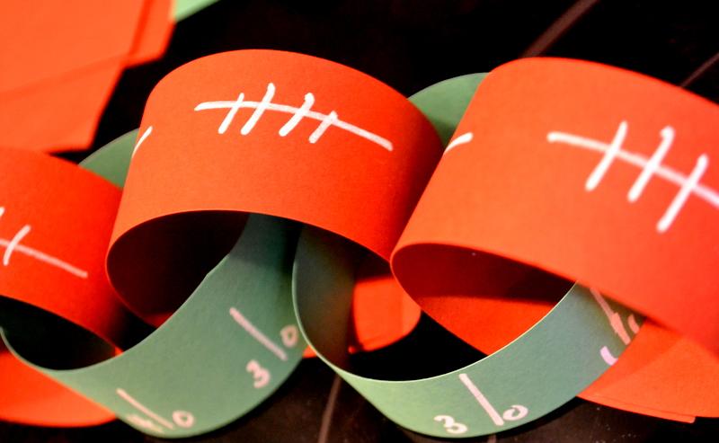 super bowl paper chain decoration diy - Super Bowl Decorations