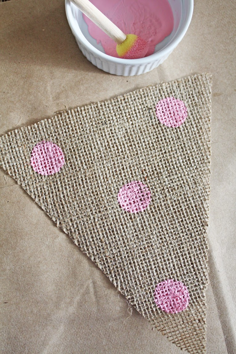 how to cut bunting triangles