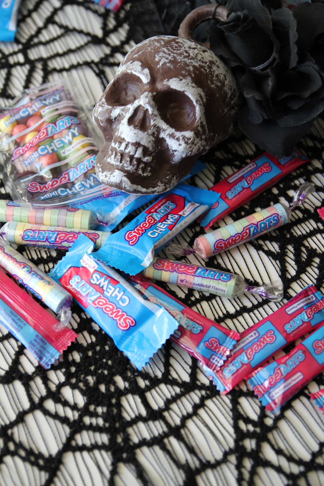 Easy Mummy Halloween Candy Bowl with SweeTARTS | Catch My ...